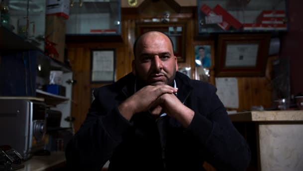 photo Haaretz.com : Fares Tbeish, who says the Shin Bet security service tortured him. Credit Olivier Fitoussi